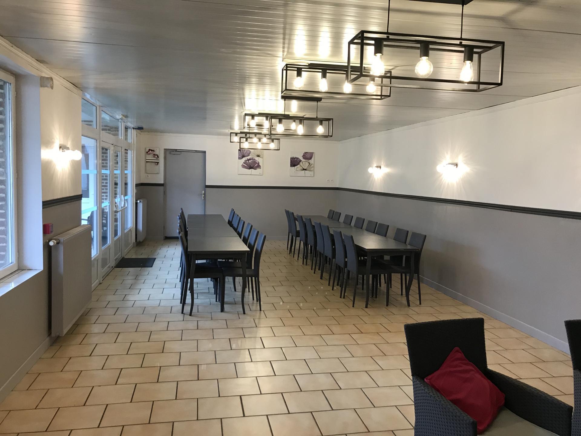 la salle de réception- réunion au gîte Le Chouet